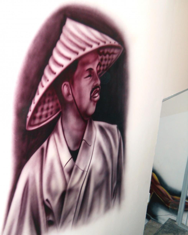 Chinese man mural serkan ergun